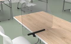 Adaptive Infektionsschutzvorrichtung. 700mm x 600mm x 5mm.